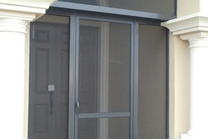 side view of entry way after screen enclosure